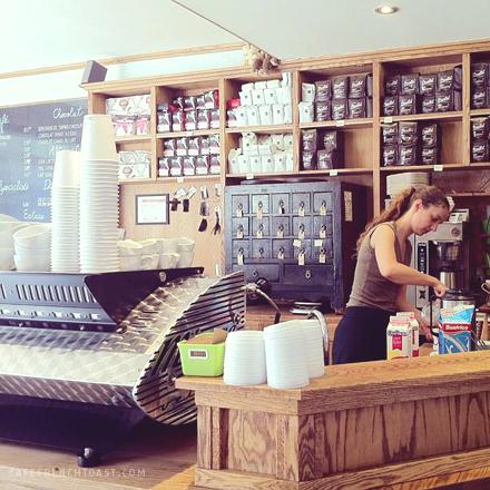 21-03-13-CafeMyriade004