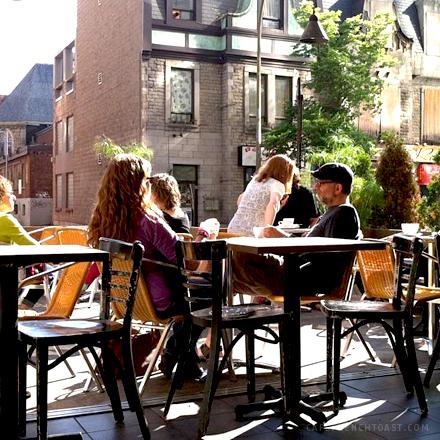 21-03-13-CafeMyriade006